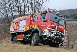 (5) Spartan ERV teamed up with Gimaex to produce the Spartan 4x4 Wildland Type 3 vehicle with a 138-inch wheelbase and side slope stability of 32 degrees.