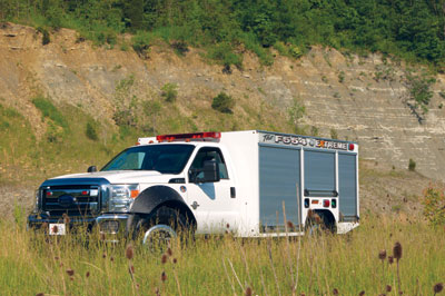 (6) Summit Fire Apparatus has built a 4x4 Type 6 wildland vehicle on a newly developed, beefed-up Ford F-550 chassis, dubbed the F554 Extreme.