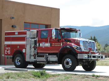 The Taos Fire Department chose Pierce Manufacturing to build this Type III WUI vehicle that can do double duty as a wildland fire apparatus and a structural firefighting rig