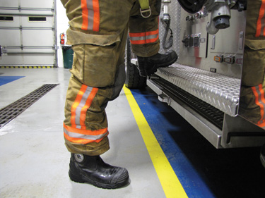 Black Diamond's X2 leather structural firefighting boots