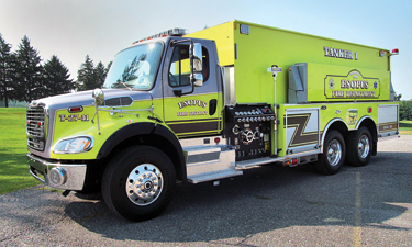 This truck has a 1,250-gpm pump, a 3,000-gallon tank, and two crosslays.