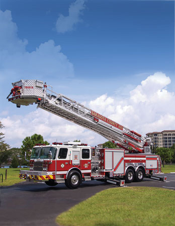 1 E-ONE built this 100-foot rear-mount platform for the Sarasota (FL) Fire Department. (Photo courtesy of E-ONE