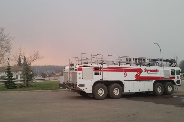 2 Syncrude Emergency Services sent a Striker 8x8 vehicle and a second aircraft rescue and firefighting (ARFF) unit. (Photo courtesy of Syncrude Emergency Services.)
