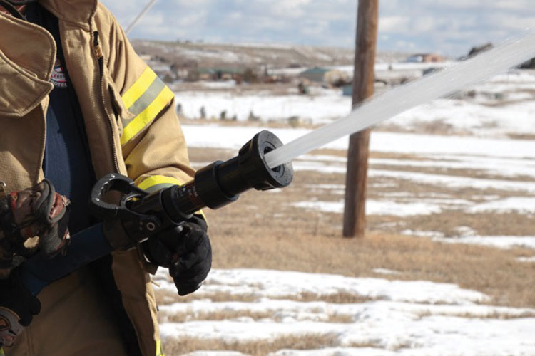2 S&H Products Inc. makes the VSB Tornado, a variable smooth bore nozzle that allows a firefighter to use up to five different settings, from 5⁄8 inch to one inch, by twisting the barrel to a preset detent. (Photo courtesy of S&H Products Inc