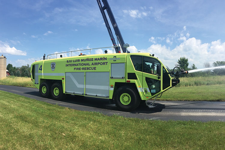 5 This Striker ARFF vehicle is demonstrating its bumper turret. The Striker Simulator simulates this operation as well as an ARFF vehicle's high-reach extendible turret.