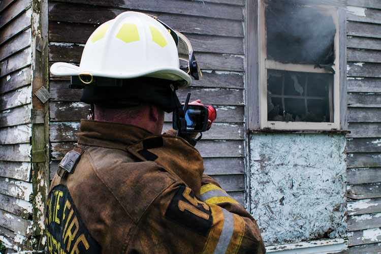 1 Thermal imaging cameras can help firefighters detect hidden fires by scanning the exterior of a structure. (Photos courtesy of Bullard