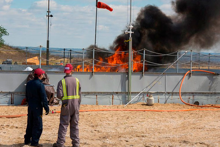 WPI, Bureau of Safety and Environmental Enforcement, and U.S. Coast Guard Successfully Test a Novel Oil Spill Cleanup Technology