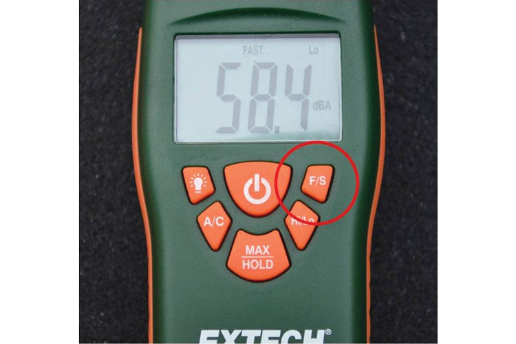 6 The fast/slow response setting on a sound level meter