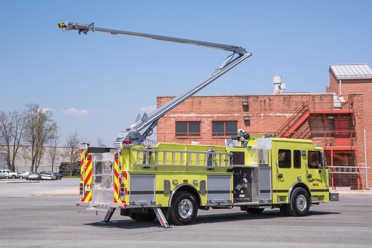 10 The Prospect Heights (NJ) Fire Department had LTC put a 54-foot Squrt boom on its pumper