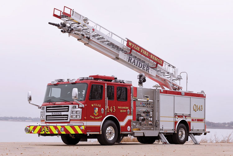 4 Rosenbauer makes the Roadrunner straight boom in 55- and 68-foot lengths that uses two pairs of A-frame-style stabilizers. This 55-footer was built for the Wylie (TX) Fire Department. (Photos 4-7 courtesy of Rosenbauer.)