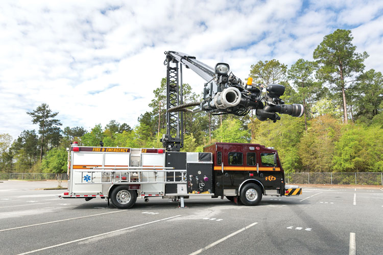 7 While most HRETs Rosenbauer builds are put on ARFF units, some are mounted on municipal fire apparatus, such as this Stinger HRET on a Rosenbauer Commander pumper for the Perry (GA) Fire Department