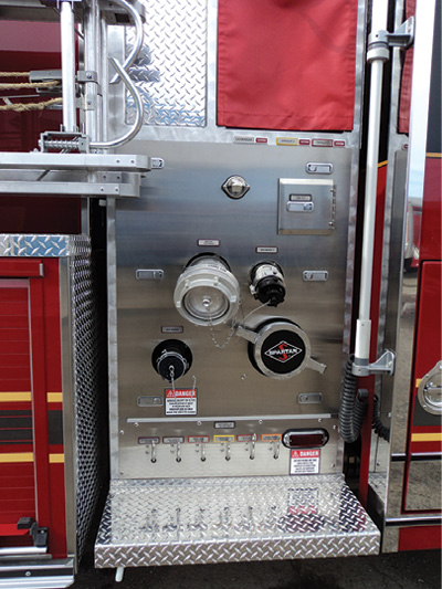 6The 2½-inch intake on the curbside of this rig is controlled on the roadside pump panel.