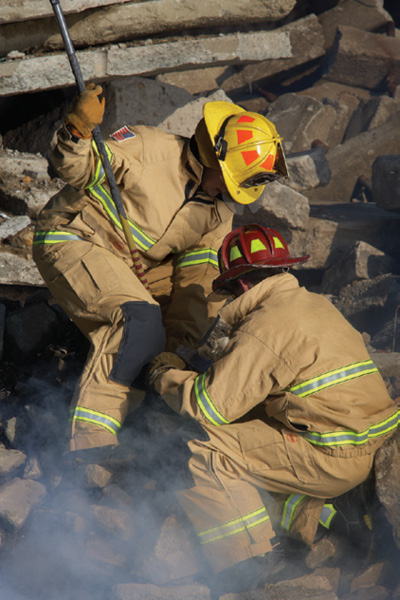 4TECHRESCUE® turnout gear made by Globe Manufacturing is dual compliant to two NFPA standards.