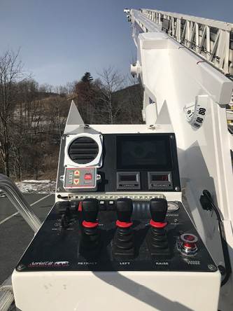 6KME uses the IQAN system to take input from its aerials and display it on a color screen at the turntable position. (Photos 6-8 courtesy of KME.)