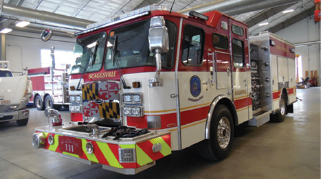 9The custom pumper has two 1¾-inch crosslays, three 2½-inch preconnects in the hosebed, a 2½-inch front bumper discharge, and a 5-inch front suction intake.