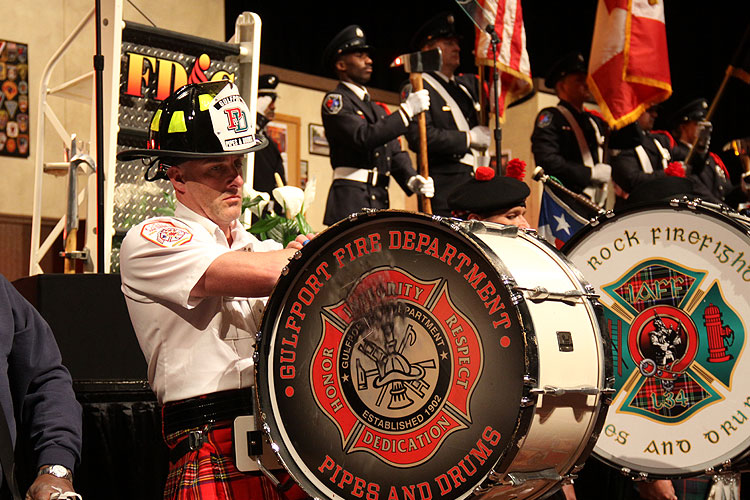 Pipes and drums at FDIC