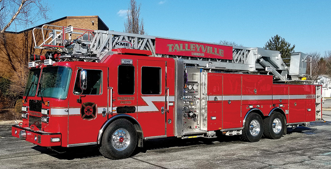 KME—Talleyville (DE) Volunteer Fire Company 109-foot AerialCat rear-mount aerial ladder quint. Predator LFD cab and chassis; 109-foot four-section 100,000-psi steel aerial ladder; Cummins ISX15 600-hp engine; Waterous CSUC20 2,000-gpm pump; UPF Poly 600-gallon tank; ASA Voyager triple camera system; Straight Shot hosebed. Dealer: Skip Stinger, First Priority Emergency Vehicles, Manchester, NJ. (Photo by Dennis C. Sharpe.)