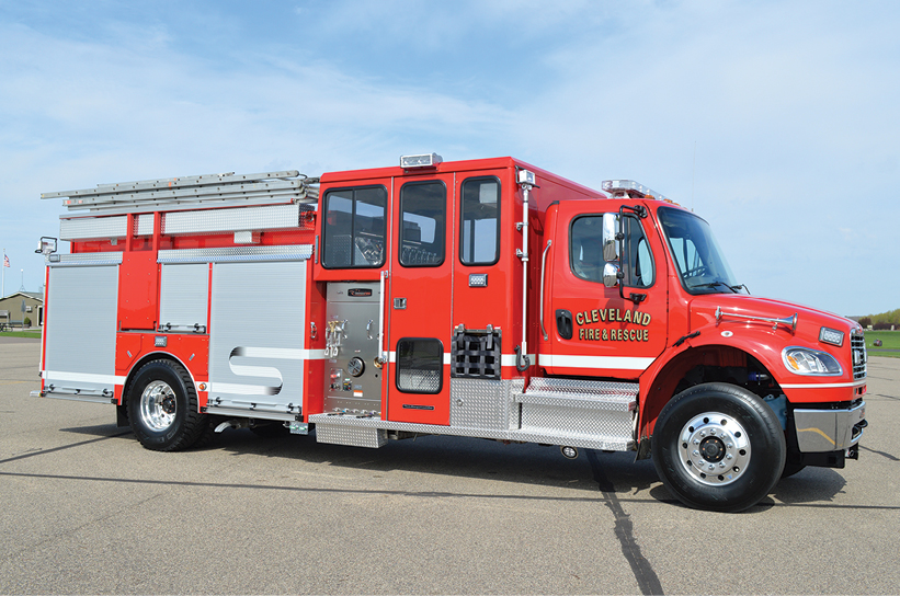 7The CustomFIRE Full Response pumper has a Safety Vision four-eye camera system, a SmartPower 10-kW hydraulic generator, an electric ladder rack, and Ziamatic power steps under the cab.