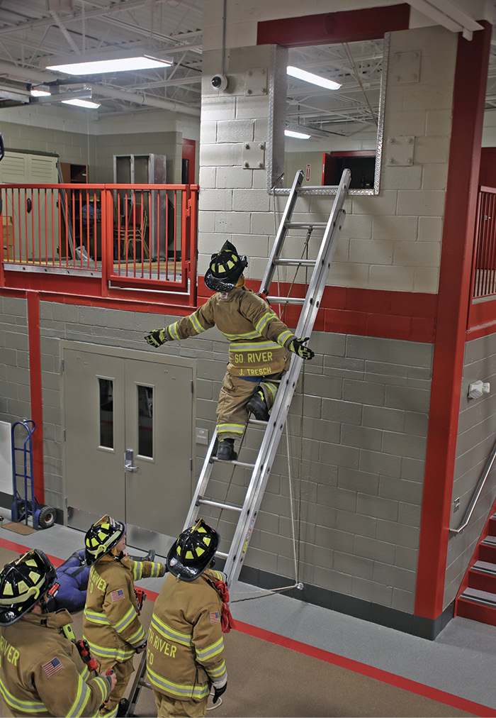 Mitchell Associates designed training facilities into the station's mezzanine consisting of a bailout window and confined space extrication manhole.