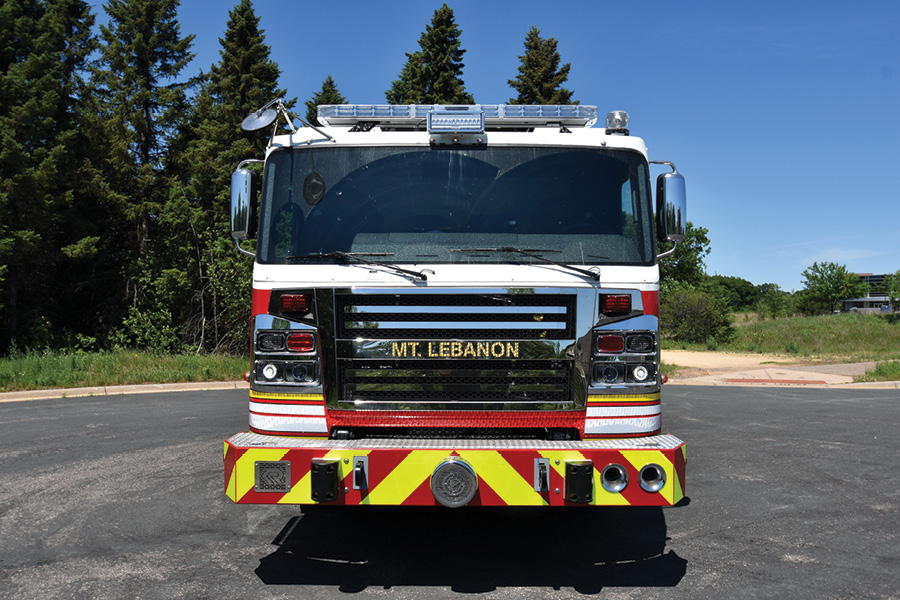 The pumper is powered by a Cummins 500-hp 12-liter ISX12 engine and an Allison 4000 EVS automatic transmission.