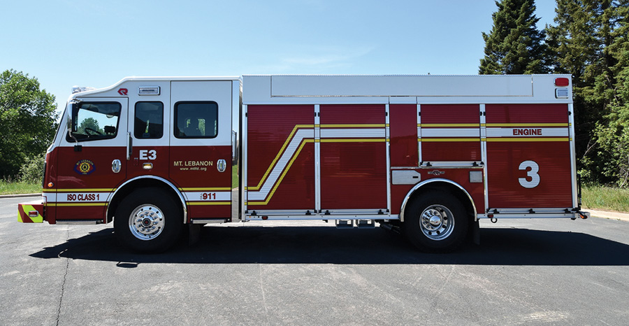 The pumper's physical specs include a 193-inch wheelbase, 32-foot 10-inch overall length, and 10-foot 2-inch overall height.