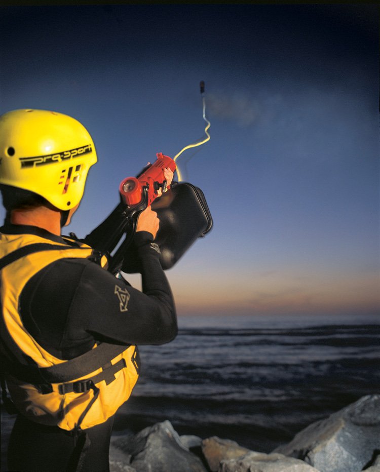 The ResQmax™ is a nonpyrotechnic compressed-air-powered line thrower from Rescue Solutions International (RSI), Inc.