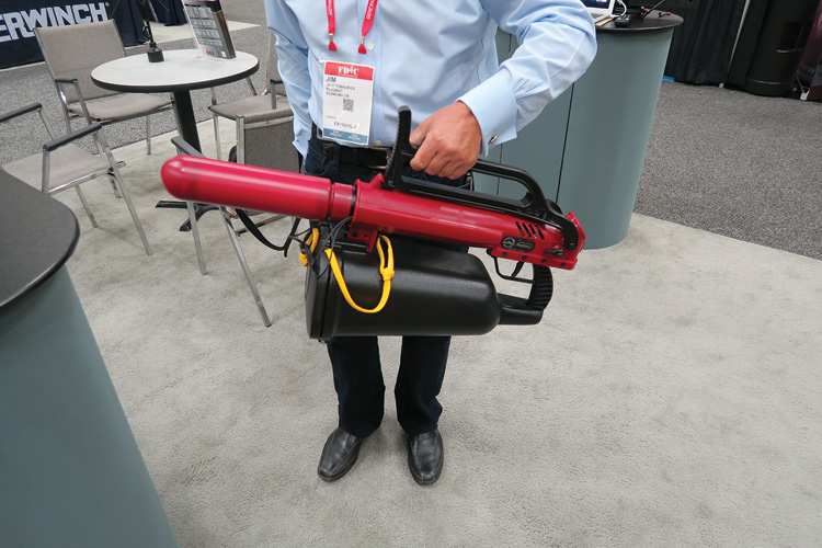 With the folding stock closed and the inflatable sling projectile attached, the ResQmax measures 40 inches.