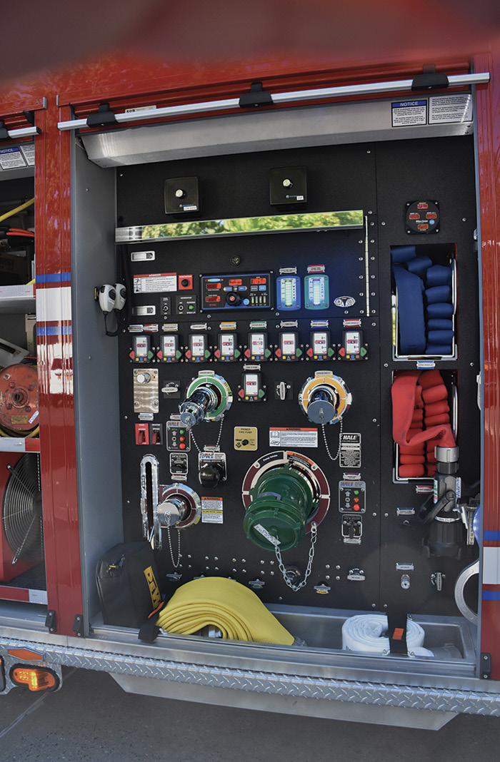 2The officer's side pump panel is designed for chauffeurs' safety, keeping them off the roadway at an emergency scene.