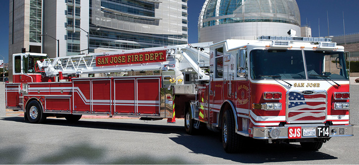 4The San Jose (CA) Fire Department had Pierce Manufacturing build this 107-foot Ascendant tiller on a single-rear-axle tractor. (Photo courtesy of Pierce Manufacturing Inc.)