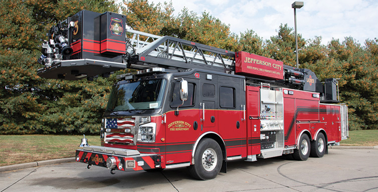 Rosenbauer—Jefferson City (MO) Fire Department 101-foot Cobra platform quint. Commander 6508 cab and chassis; Cummins ISX15 600-hp engine; Waterous S100 1,750-gpm pump; Pro Poly 500-gallon polypropylene tank. Dealer: Brian Franz, Sentinel Emergency Solutions, Arnold, MO.