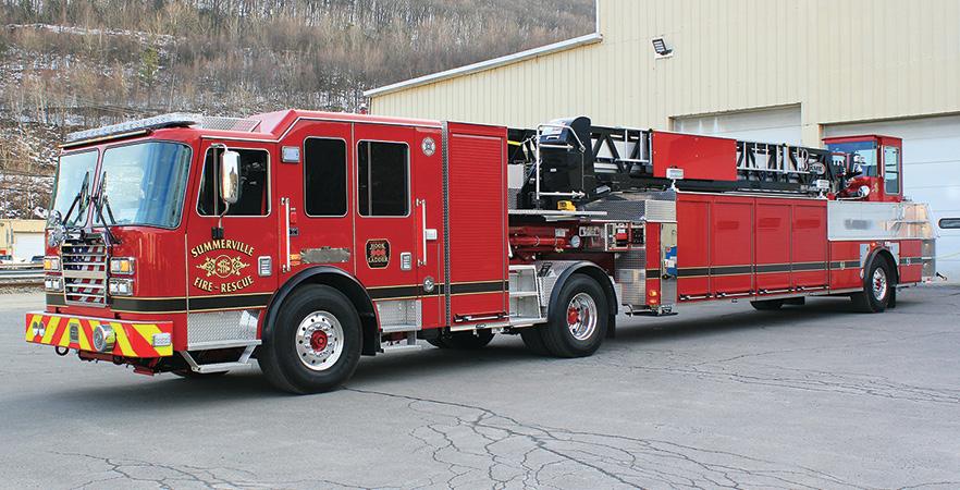 KME—Summerville (SC) Fire Department 101-foot AerialCat™ tractor-drawn aerial ladder.