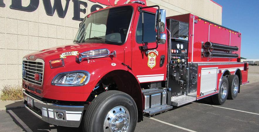 Midwest Fire—Hackensack Area (MN) Volunteer Fire Department, tanker-pumper.