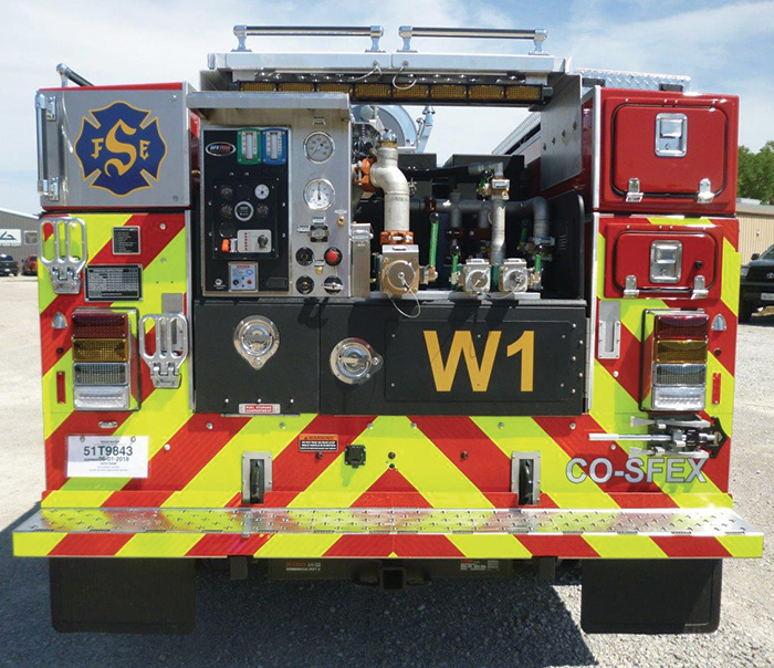 This BFX-built Type 6 wildland engine has a Waterous Aquis™ direct-injection foam proportioning system.