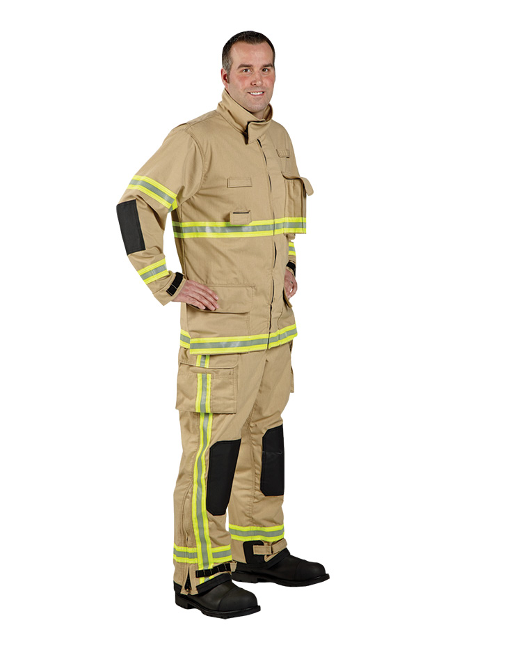 The VersaPro™ Plus wildland gear made by Lion has the addition of 3M™ Scotchlite™ II vertical leg trim, added Scotchlite triple trim on the coat, and polycoated aramid reinforcement in the cuffs and knees.
