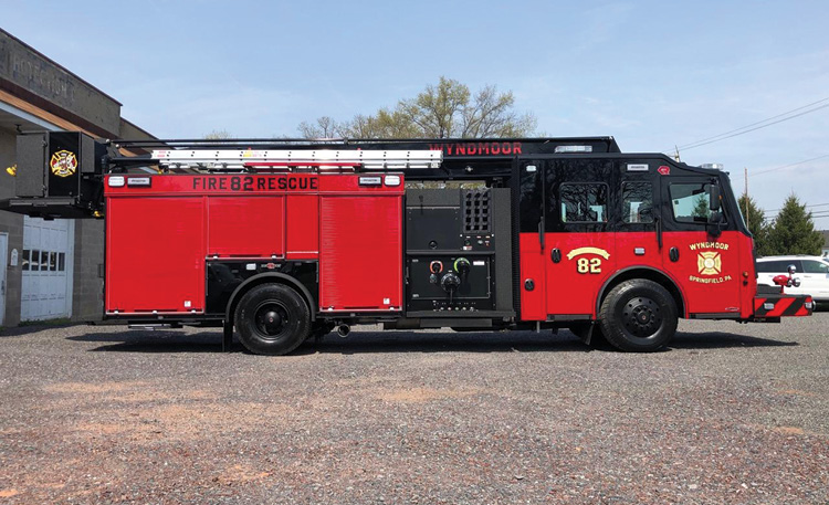 This side view shows the unit's short wheelbase.
