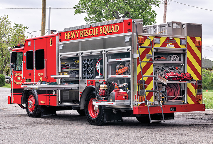 HME Ahrens-Fox built this heavy rescue truck (one of six) for the Detroit (MI) Fire Department.