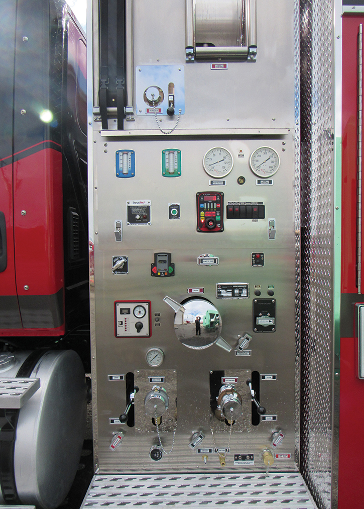 This Boise Mobile Equipment built pump panel features electronic valve controllers.