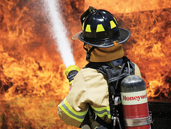 Honeywell's TITAN SCBA runs the company's Safety Suite telemetry software system that communicates through RAElink 3 with an IC to send out active PAR checks, communicate any problems with the SCBA, and receive any evacuation notices from command.