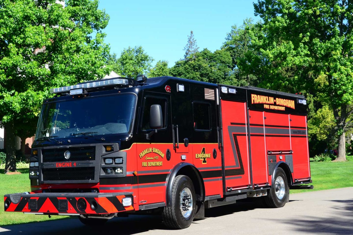 Rosenbauer built this length-restricted custom pumper for the Franklin-Bingham (MI) Fire Department on a Commander chassis and cab with seating for four firefighters.