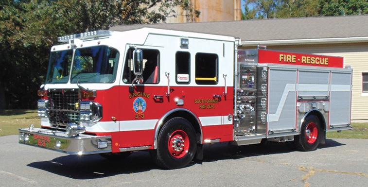 Spartan ER—South Orange (NJ) Fire Department pumper. Gladiator cab and chassis; Cummins X15 565-hp engine; Waterous CSU 1,500-gpm pump; Pro Poly 500-gallon polypropylene water tank; Akron Hi-Riser deck gun; TFT Blitzfire hand monitor; Spartan ER electric ladder rack. Dealer: Robert Cowan, Campbell Supply Company, South Brunswick, NJ. (Photo by John M. Malecky.)