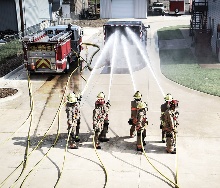 The Draft Commander 3000® Trainer is a training innovation in allowing firefighters to recycle (conserve) discharge water directly into the Training Receiver.
