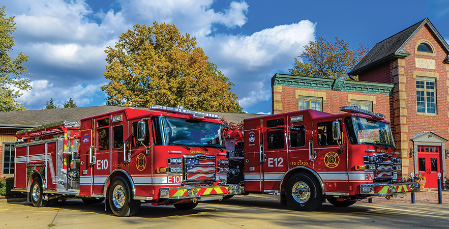 Pierce—Springfield (IL) Fire Department, pumpers (2). Enforcer 8410 cabs and chassis; Cummins L9 450-hp engines; Waterous CSU 1,500-gpm pumps; UPF Poly 1,000-gallon water tanks. Dealer: Mike Yurgec, Global Emergency Products, Aurora, IL.