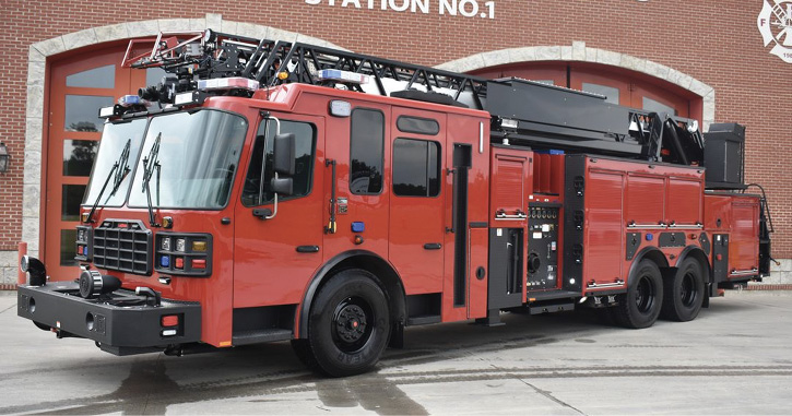 Ferrara built this LP-102 aerial ladder that uses two H-style rear jacks and two straight-down front jacks for the Garden City (NY) Fire Department.