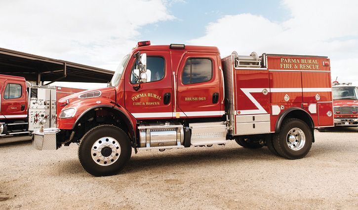 Boise Mobile equipment built this Type 3 heavy engine for the Parma (ID) Rural Fire District with a Darley JMP500 pump and an 800-gallon water tank.