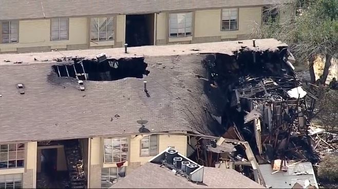 Dallas (TX) Apartment Fire Injures Seven, Including Four Firefighters