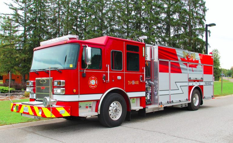 Springwater Township (Canada) Welcomes Fire Apparatus